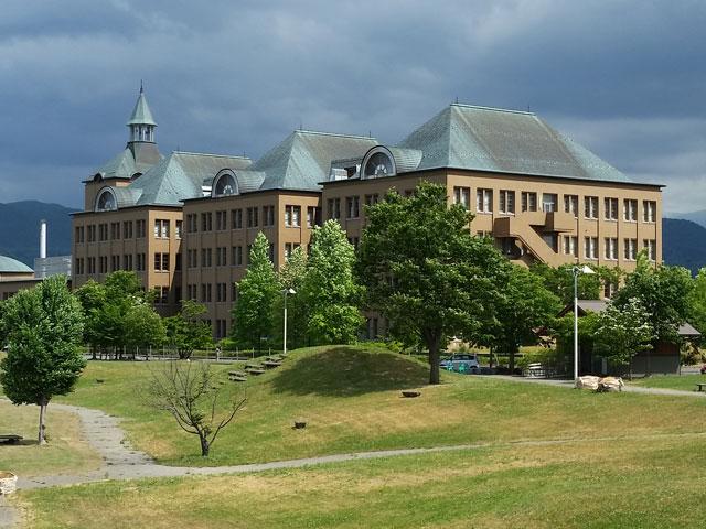 県立保健医療大学周辺のアパート